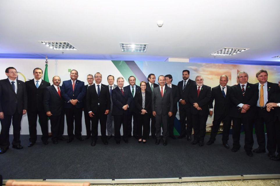 Frente propõe pacto para desenvolver infraestrutura de transporte