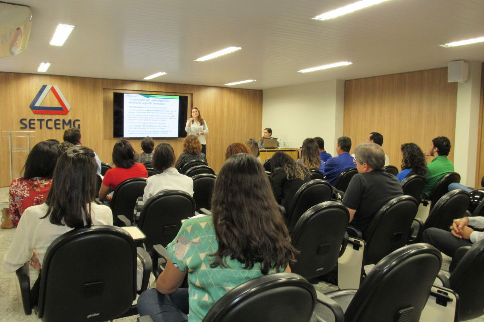Setcemg realizou treinamento sobre Manifesto de Transporte de Resíduos Sólidos e Rejeitos (MTR-MG)