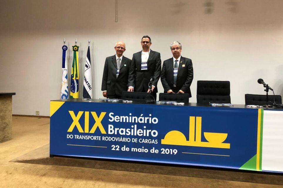 Mineiros no XIX Seminário Brasileiro do Transporte Rodoviário de Cargas