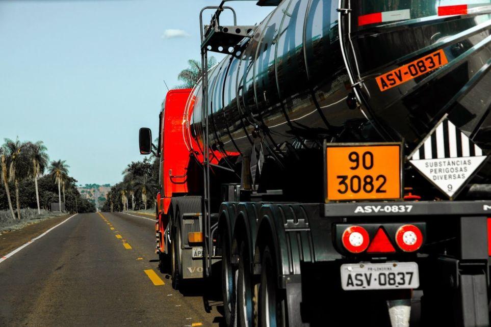 Setcemg realizará Café com Palestra sobre regulamentação do transporte de produtos e resíduos  perigosos